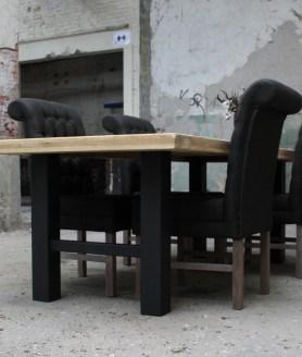 Eiken tafel met H poot