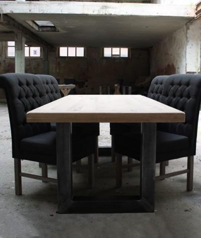 Eiken tafel met metalen U-poot (300x100 cm)
