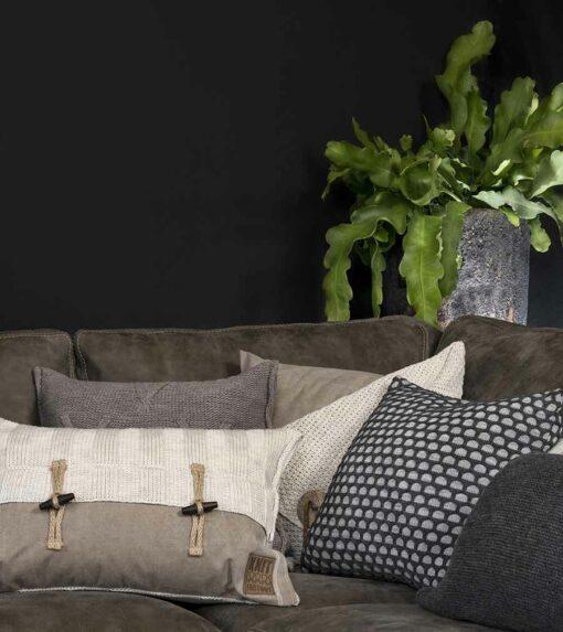 Knit Factory Interieur 120