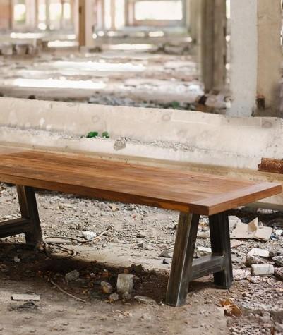 Massief eiken tafel met a-poot