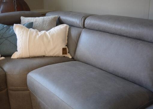 Grijze loungebank 3