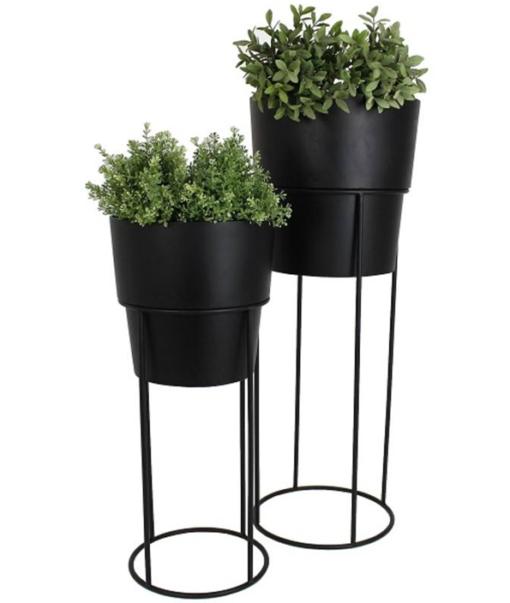 Planter Black 1